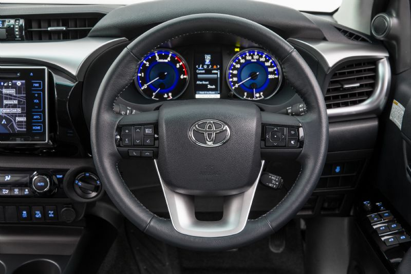 2016 Toyota HiLux interior revealed, on sale in Australia ...
