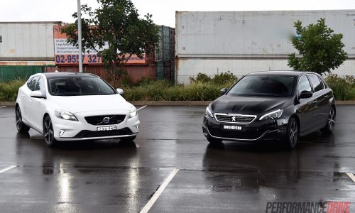 2015 Volvo V40 T5 vs Peugeot 308 GT: warm hatch comparison (video)