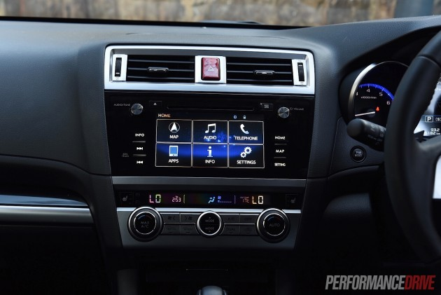 2015 Subaru Outback Premium-touch scren