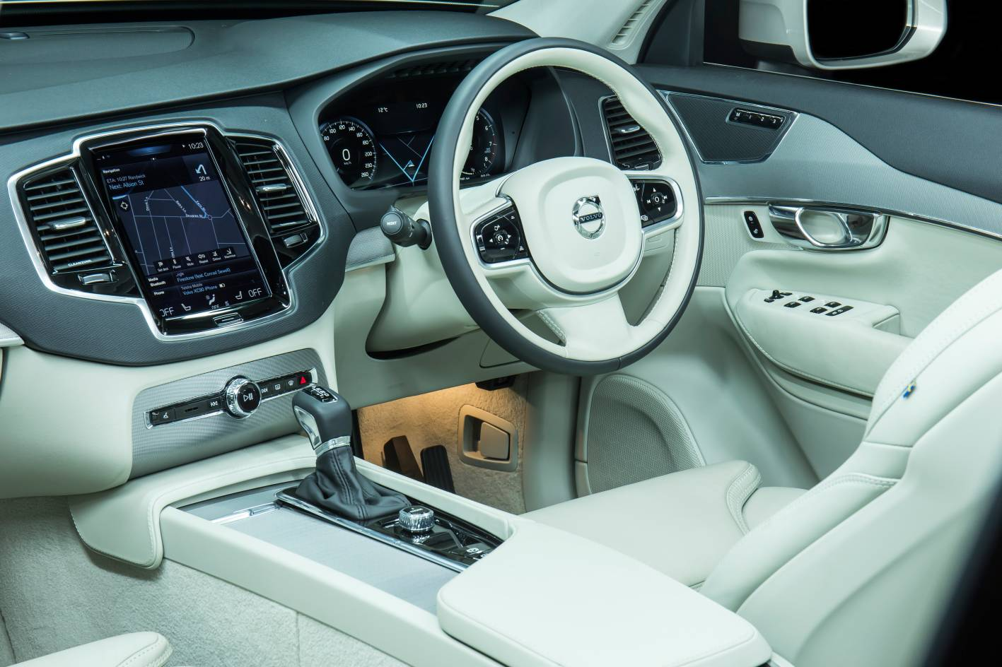 new volvo xc90 lands in australia  d5  t6  t8 available