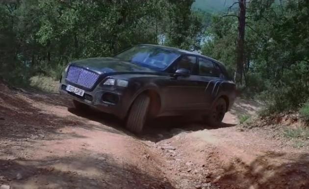 Bentley Bentayga off road