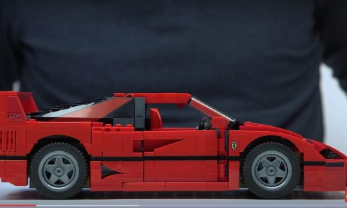 LEGO releases official Ferrari F40, comes with bespoke pieces