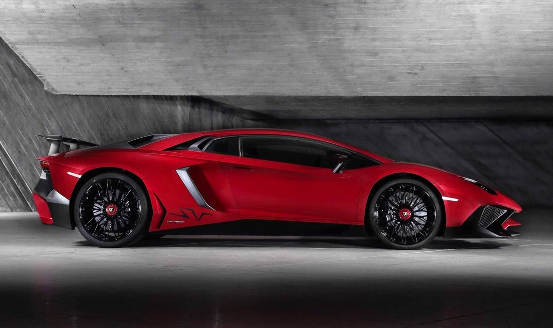 Lamborghini Aventador Superveloce Roadster debuts August 14