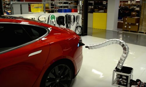Tesla shows off automated snake-like recharge arm (video)