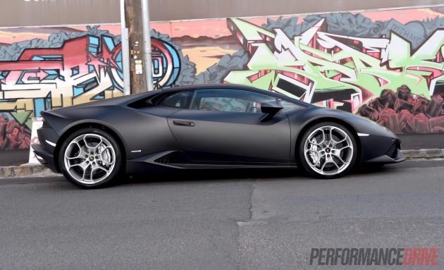 2015 Lamborghini Huracan-matt black