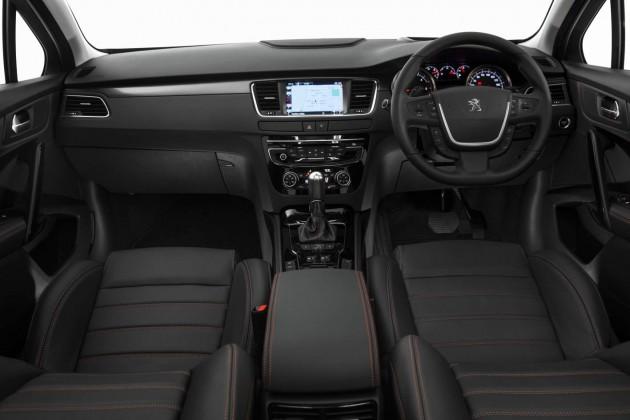 2015 Peugeot 508 GT-interior
