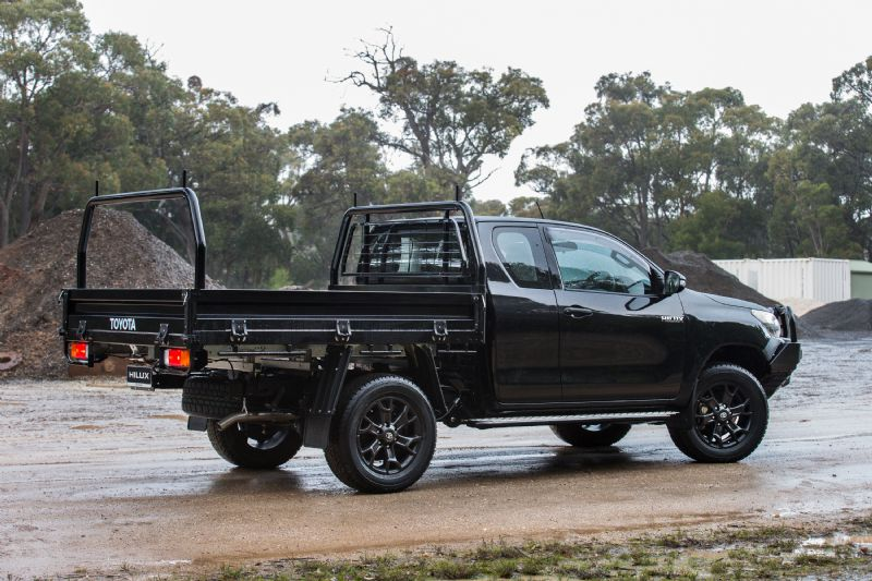 2016 Toyota HiLux accessories revealed, developed in ...