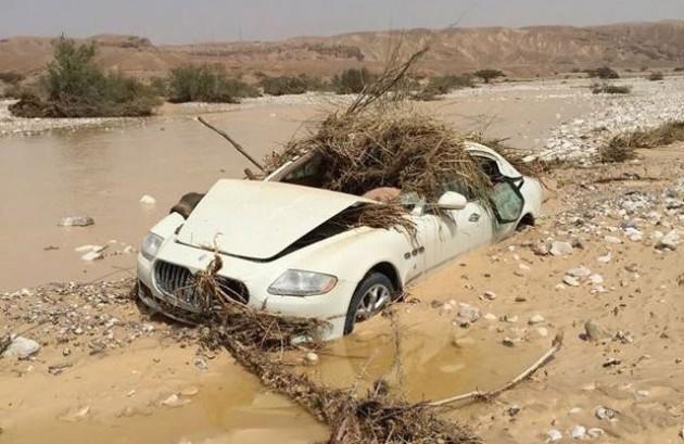 Maserati Quattroporte flooded-4