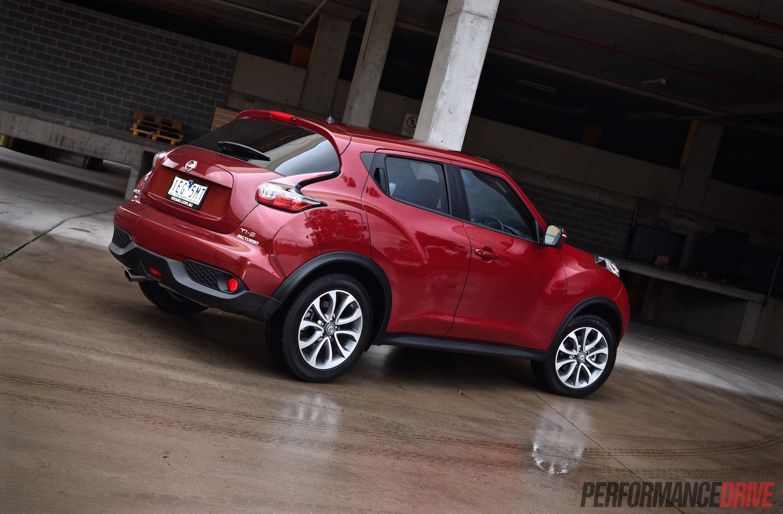 2015 Nissan Juke Ti S Awd Review Video Performancedrive