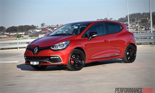 2015 Renault Clio R.S. 200 Cup review (video)