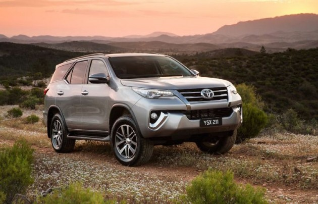 2016 Toyota Fortuner-front
