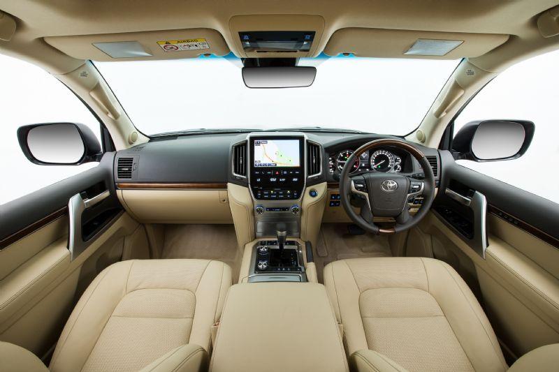 Toyota Land Cruiser 200 Series 4dr 4WD 11\/07on Rhino-Rack ...