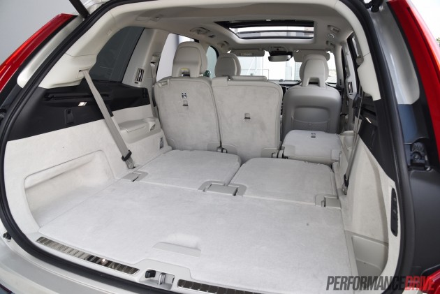 2016 Volvo XC90 T6 Inscription-cargo space