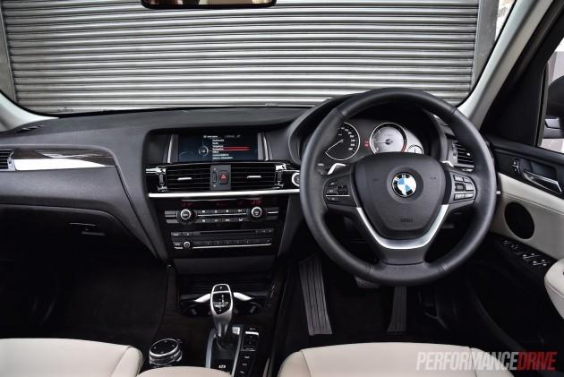 2015 BMW X3 xDrive30d-dash