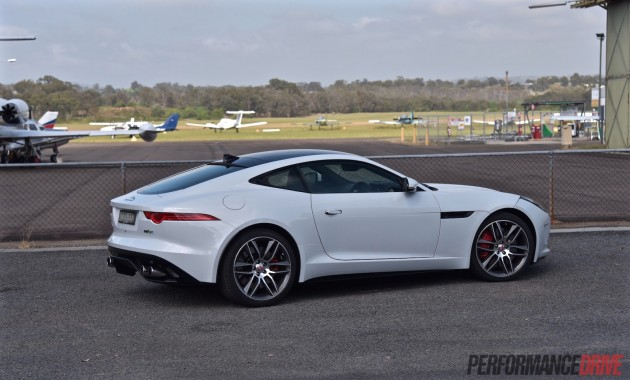 2016 Jaguar F-Type R AWD-white