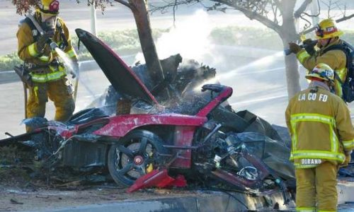 Paul Walker's father suing Porsche, 'lack of safety features' on Carrera GT