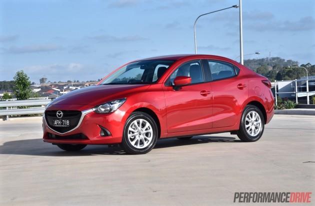 2015 Mazda2 Maxx sedan-Soul Red