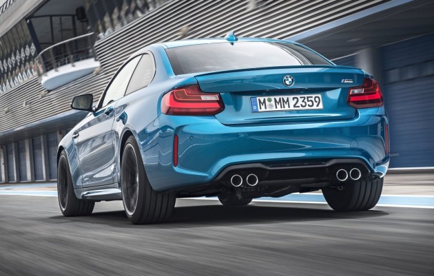 BMW M2-rear