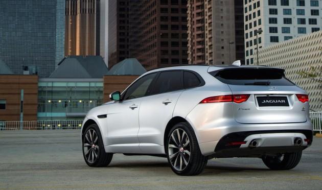 Jaguar F-Pace-rear