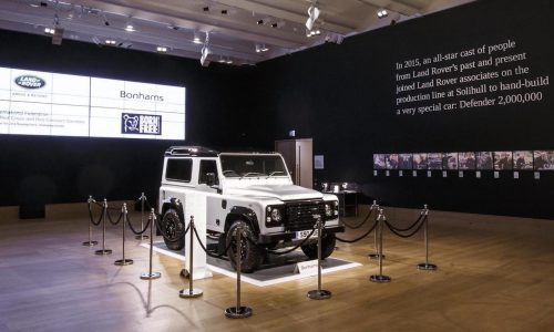 2,000,000th Land Rover Defender sells for record amount at auction