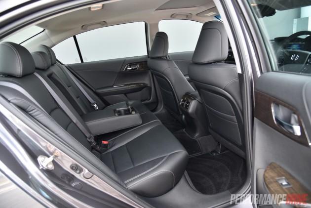 2015 Honda Accord Sport Hybrid-rear seats
