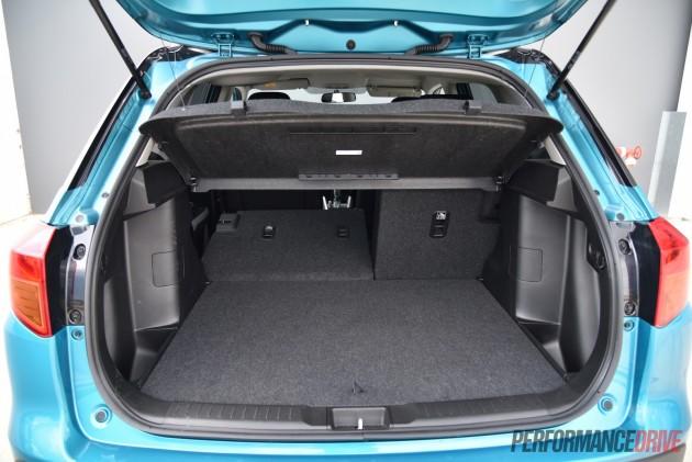 2016 Suzuki Vitara RT-S-flip down seats