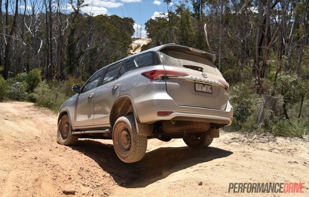 2016 Toyota Fortuner GX-articulation