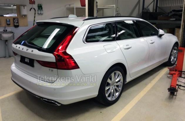 2016 Volvo V90-rear