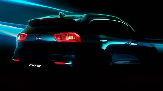 Kia Niro HUV preview-rear