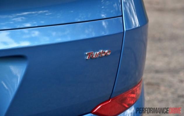 2015-Hyundai-Tucson-Elite-petrol turbo-badge