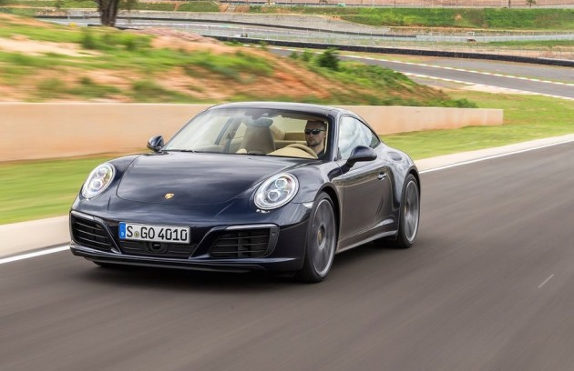2016 Porsche 911 Carrera 4
