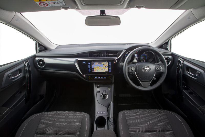 Toyota Corolla hybrid to go on sale in Australia mid-2016 ...