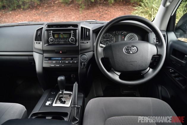2016 Toyota LandCruiser GX-interior