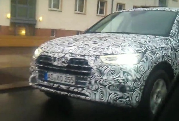 2017 Audi Q5 prototype-headlights