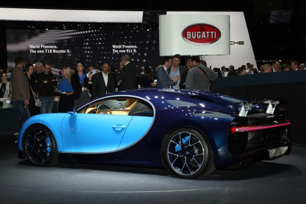 2016 Geneva Motor Show-Bugatti Chiron rear