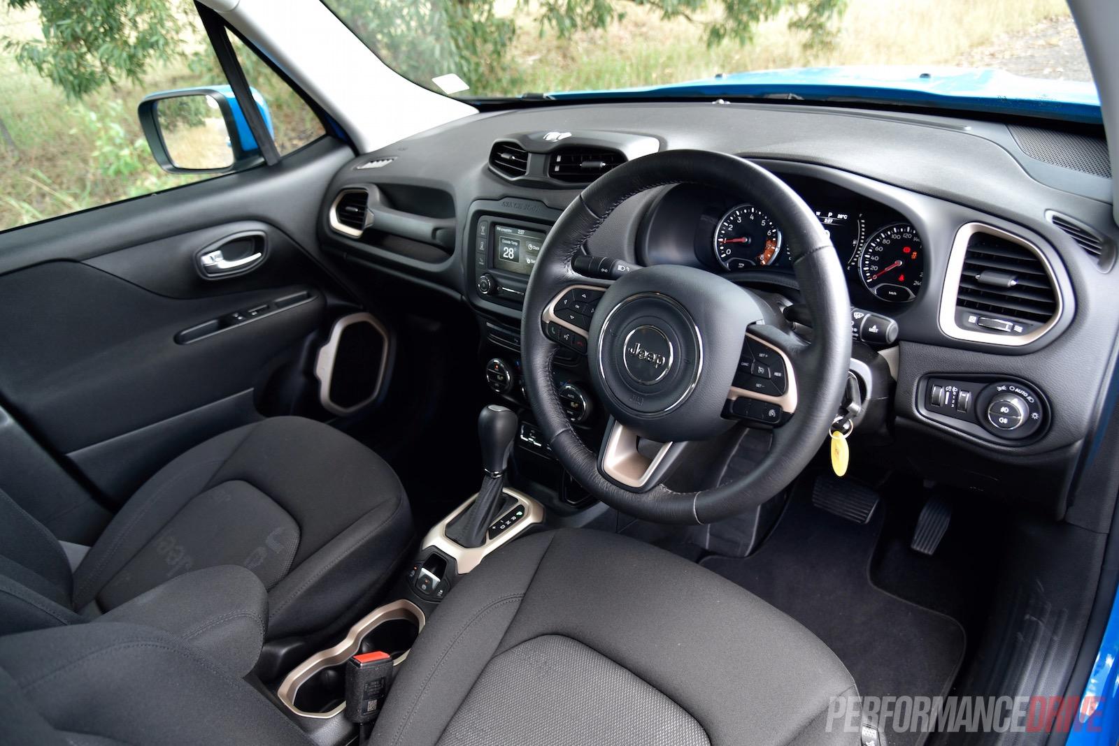 Jeep Renegade Interior >> 2016 Jeep Renegade Longitude review (video) | PerformanceDrive