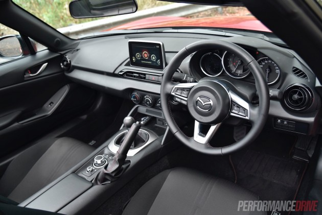 2016 Mazda MX-5 Roadster 2L-interior