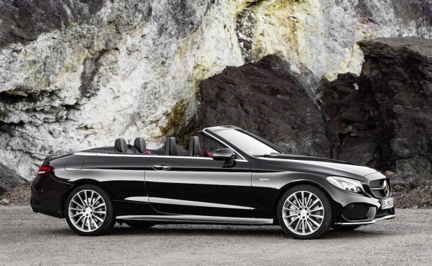 2016 Mercedes-AMG C 43 Cabriolet-roof down