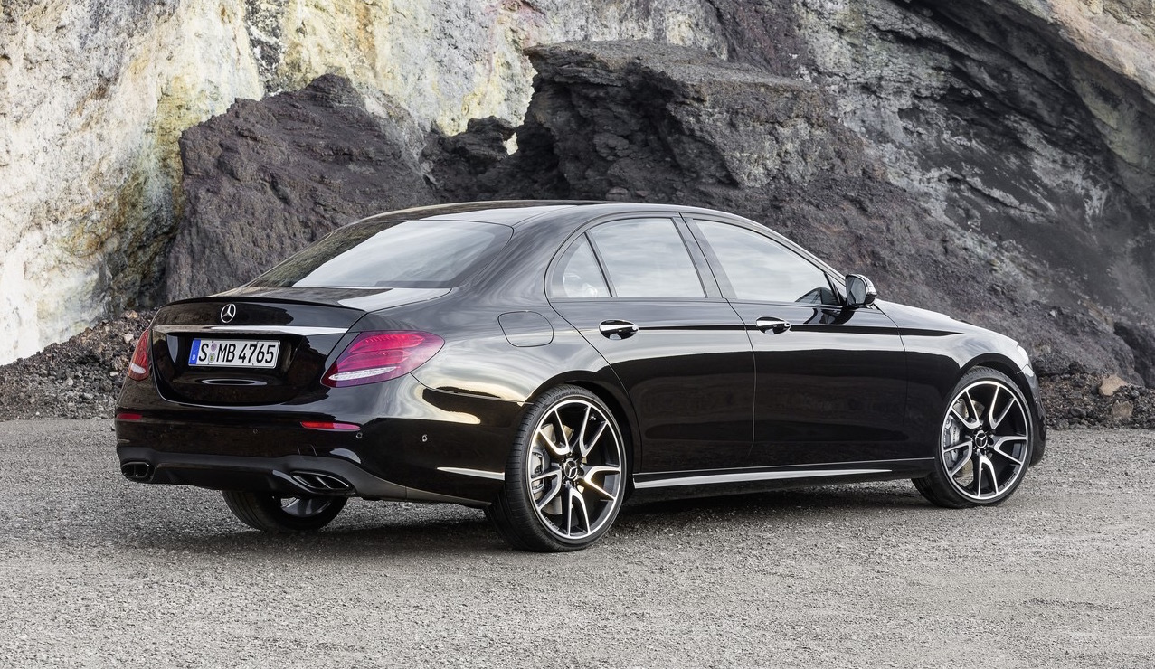 mercedes amg e 43 4matic sports sedan revealed performancedrive. Black Bedroom Furniture Sets. Home Design Ideas