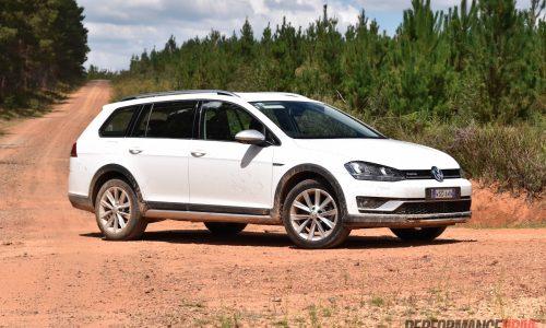 2016 Volkswagen Golf Alltrack review (video)