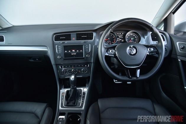 2016 Volkswagen Golf Alltrack-dash