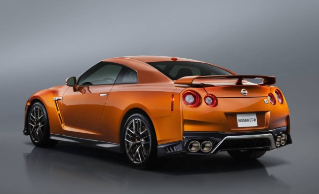 2017 Nissan GT-R-rear