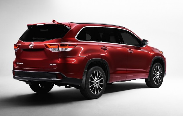 2017 Toyota Kluger-rear