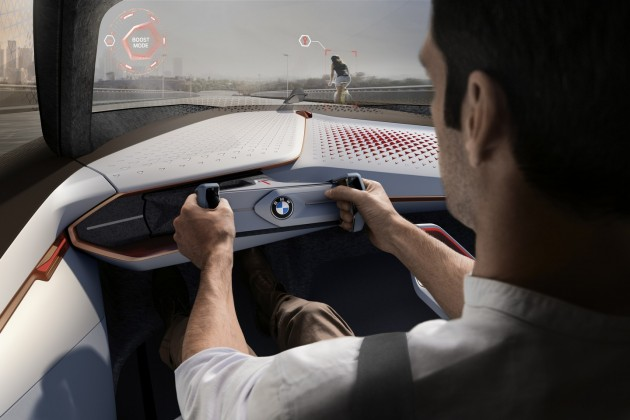 BMW VISION NEXT 100 concept-driving