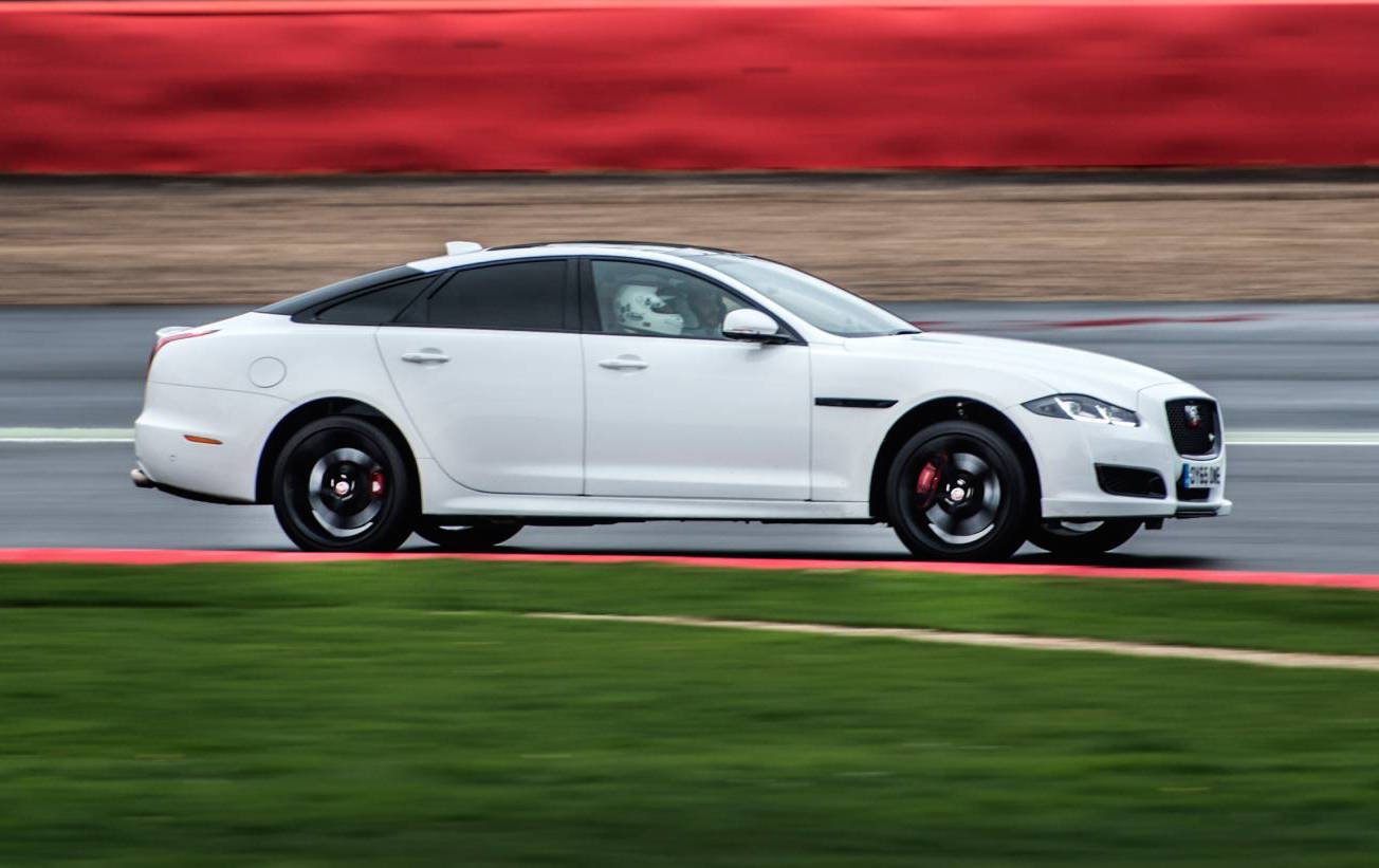 All New Jaguar Xj Locked In For The Future Report Performancedrive