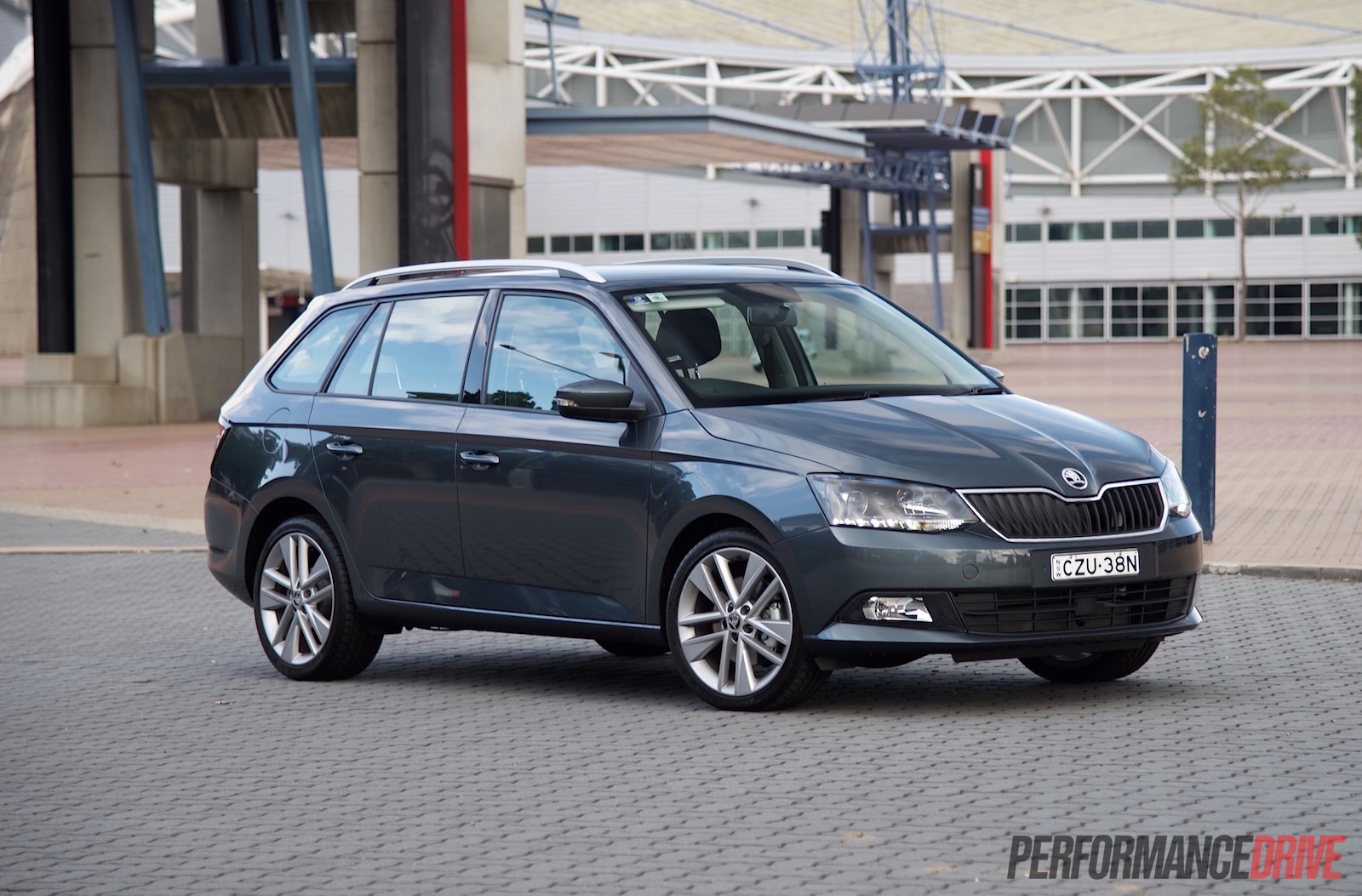 Skoda Fabia wagon - car review 90