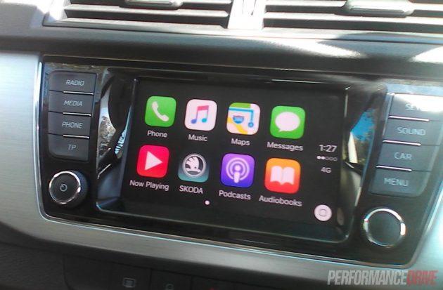 2016 Skoda Fabia-Apple CarPlay