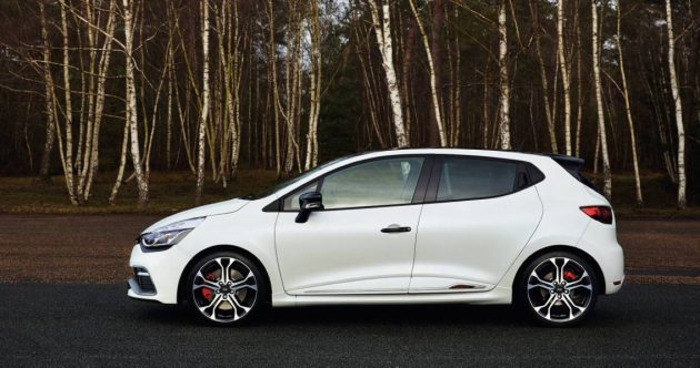 Best Sports Cars Under $40,000 Renault Clio RS 220
