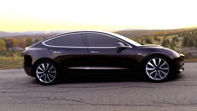 Tesla Model 3-side
