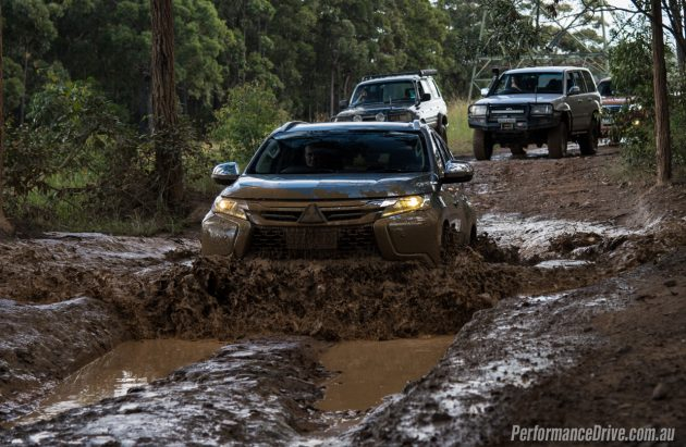 2016 Mitsubishi Pajero Sport Exceed-mud